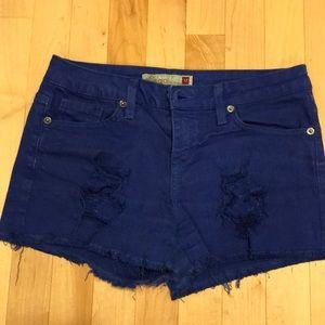 Blue jean short good condition size M (25/26)